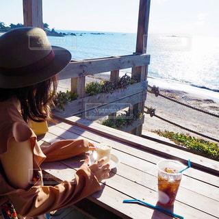 海カフェの写真・画像素材[2251526]