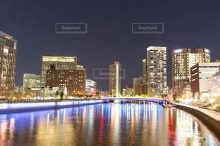 都会の夜景の写真・画像素材[2673757]