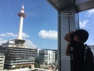 空,雲,青空,青,窓,ブルー,京都タワー,天気,晴れた空
