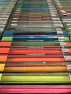 色画用紙の階段の写真・画像素材[2277408]