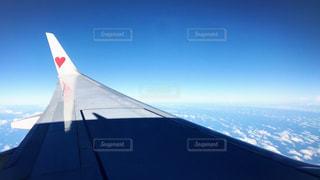 空,屋外,飛行機,ハート,旅行,航空機,雲の上,フライト,窓の外,マーク,クラウド