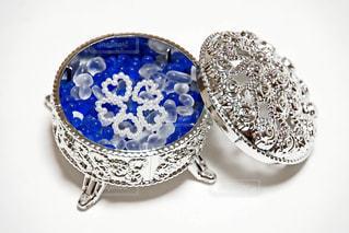 白,青,ハート,銀,ビーズ,宝石箱,小物入れ,ガラス粒