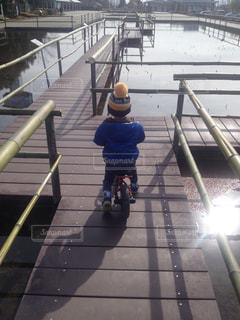 子ども,自転車,幼児,男の子,お散歩