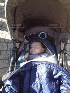 子ども,赤ちゃん,男の子,お散歩,ベビーカー,お天気