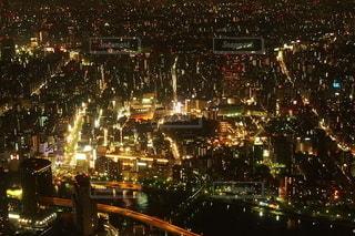 夜の街の眺めの写真・画像素材[2775315]
