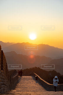 万里の長城の初日の出の写真・画像素材[2863232]