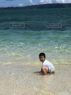 沖縄県 古宇利島の海の写真・画像素材[2331581]