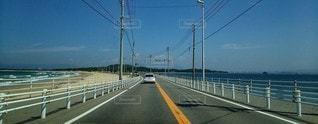海の中の道の写真・画像素材[2343206]