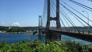 島に繋がる橋の写真・画像素材[2345142]