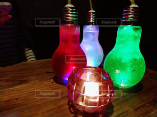 グラス,乾杯,ドリンク,女子会,電球ソーダ