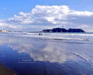 自然,風景,海,空,屋外,青空,青,散歩,反射,リフレクション,江ノ島,レジャー,湘南,お散歩,一眼レフ,色,ライフスタイル,お出かけ,日中,フォトジェニック,色・表現