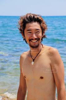 海が似合う彼の写真・画像素材[2335392]