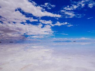 ウユニ塩湖の写真・画像素材[2433455]