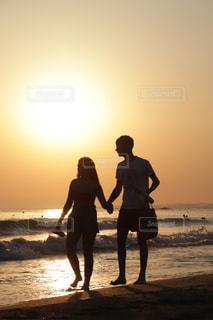風景,海,空,夕日,カップル,太陽,夕焼け,オレンジ,夕陽,フィルム,彼氏,フィルム写真,彼女,フィルムフォト