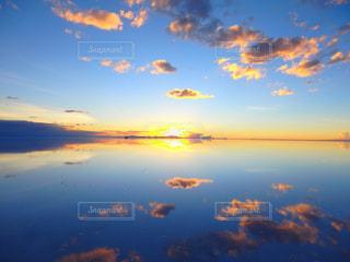ウユニ塩湖の写真・画像素材[2436171]