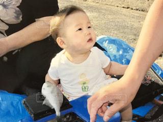 2歳児とカワハギの写真・画像素材[2364274]