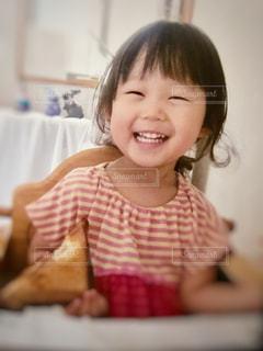 最高の笑顔の写真・画像素材[2365082]