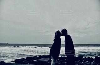 恋人,自然,海,ビーチ,海岸,景色,人物,笑顔,宝物