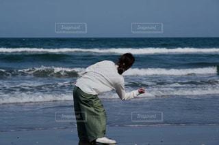 休日の石投げの写真・画像素材[2314896]