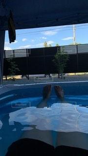 プールで気持ちイイの写真・画像素材[3608683]