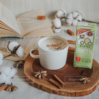 調製豆乳ソイラテの写真・画像素材[3792300]