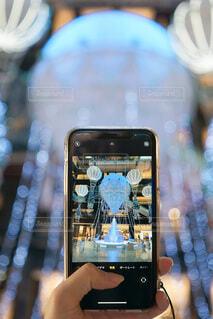 屋内,大阪,スマホ,イルミネーション,ライトアップ,キラキラ,クリスマス,スマートフォン,梅田,装飾,デート,グランフロント,おでかけ,携帯電話,フォトジェニック,グランフロント大阪,写真映え,スクリーン ショット,クリスマス ツリー
