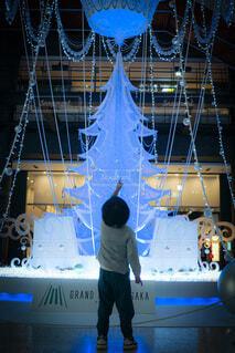 屋内,大阪,子供,イルミネーション,ライトアップ,キラキラ,クリスマス,梅田,装飾,デート,グランフロント,おでかけ,3歳,フォトジェニック,グランフロント大阪,写真映え,クリスマス ツリー