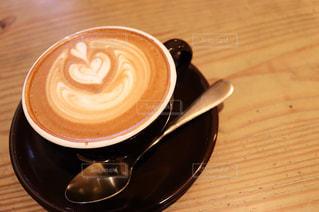 飲み物,カフェ,コーヒー,ハート,お店,飲食店,ハートマーク,カプチーノ,ラテアート,喫茶店,ドリンク,コーヒーカップ,暖色,マーク,ホットドリンク