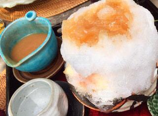 生搾り桃かき氷の写真・画像素材[3590158]