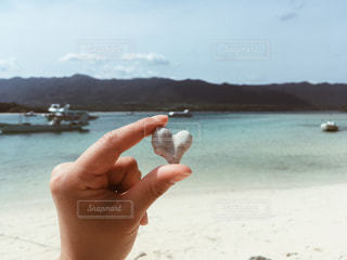 自然,風景,海,空,夏,白,ビーチ,砂浜,水面,ハート,珊瑚,マーク,オーシャンブルー,ハートフォト