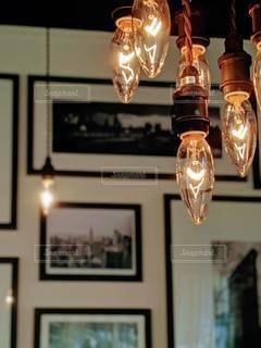 カフェのLampの写真・画像素材[2278268]