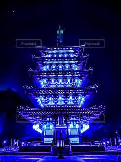 ライトアップ五重塔の写真・画像素材[2282321]