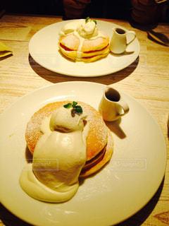 甘いパンケーキと甘い恋の写真・画像素材[2283187]
