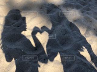 ハートの影♡の写真・画像素材[2274856]