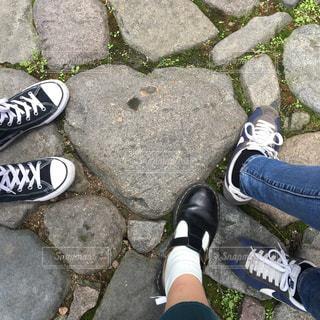 自然,靴,ハート,旅行,可愛い,石,ラブ,女子旅,ストーン,ガール,あしもと,ハートストーン,インスタ映え