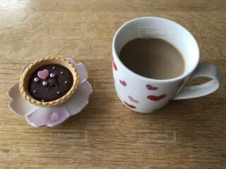 手作りのお菓子とコーヒーの写真・画像素材[4319769]