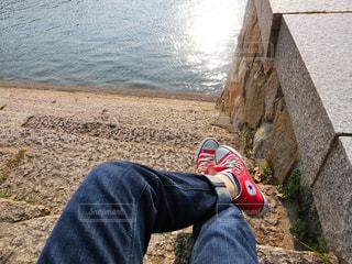 自撮り,靴,屋外,足,川,休憩,セルフィー,川沿い,一息,お気に入り,お出かけ,セルフショット