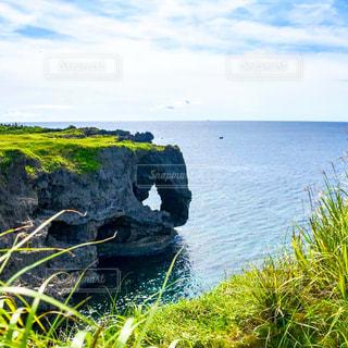 象の鼻のような崖と海の写真・画像素材[2329672]