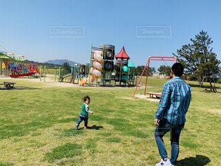 公園,親子,晴れ,晴天,遊具,男の子,2歳,息子,お散歩,父,貸切,お出かけ