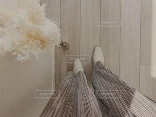 白いブーツの写真・画像素材[2700894]