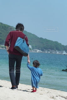 親子,散歩,人,浜辺,糸島,父と娘