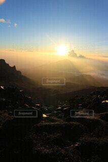 自然,空,屋外,太陽,朝日,霧,正月,お正月,ハワイ,日の出,新年,初日の出,マウイ島,ハレアカラ