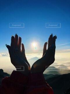自然,風景,空,太陽,朝日,ビーチ,人,正月,お正月,ハワイ,日の出,新年,初日の出,日中,マウイ島,ハレアカラ