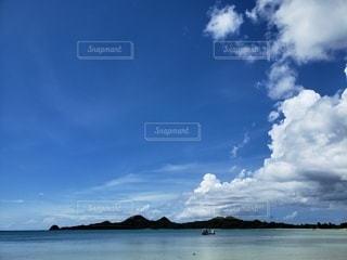 大きな水域の写真・画像素材[2363286]