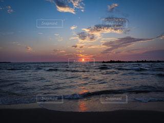 山形の夕日の写真・画像素材[2367307]