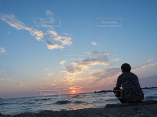男性,空,太陽,ビーチ,夕暮れ,海岸,光