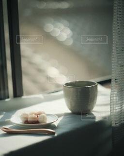 お月見の準備といえば、お団子♪♪♪窓辺でスタンバイ🎑の写真・画像素材[3737748]