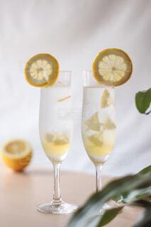 レモンシロップでレモネード♡♪の写真・画像素材[4770139]
