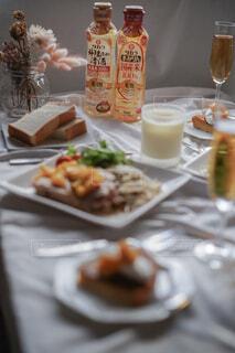 チキンソテーオレンジソース🍊お肉もジューシーでオレンジソースがまた美味💕💕💕の写真・画像素材[4840208]