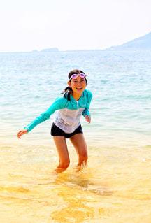 今年の夏初めての海の写真・画像素材[2331184]